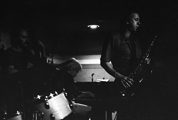 Warne Marsh Quartet at Donte's -- October 7, 1976 -- Fred Atwood (bass), Lou Levy (piano), Warne (tenor) -- photo by Mark Weber