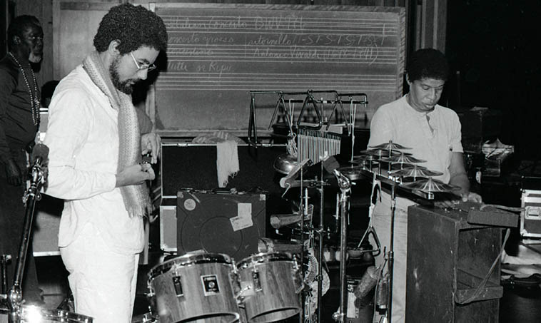 Muhal Richard Abrams, Tylon Barea, Malachi Favors ---- Art Ensemble of Chicago setting up at Schoenberg Hall, UCLA, for their concert that night -- October 20, 1979 -- photo by Mark Weber