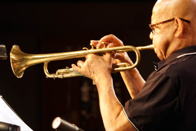 Looks like Eddie Henderson has a rubber band holding things together on his (1944) Martin Committee (I think he told me it was 1944? – says he has a couple of these) ---- photo by Mark Weber ---- June 14, 2o19 w/ The Cookers at the Outpost Performance Space, Albuquerque