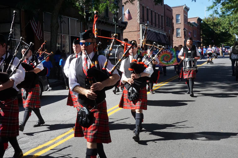 Hudson Highlander Pipe Band ---- September 29, 2o19 Beacon NY ---- photo by Mark Weber