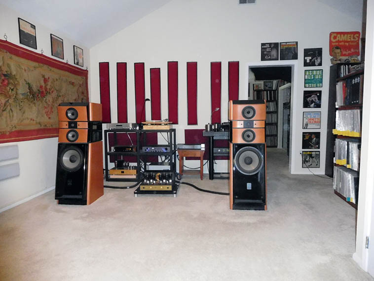 John's audiophile system ---- December 25, 2016 ------- photo by MW