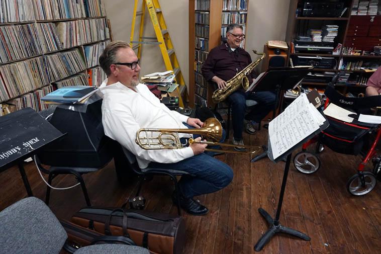 Session at Shew's: Chris Buckholz(trombone & cowboy boots), Alex Murzyn(mostly tenor) ---- November 1, 2o19 Corrales, New Mex ---- photo by Mark Weber