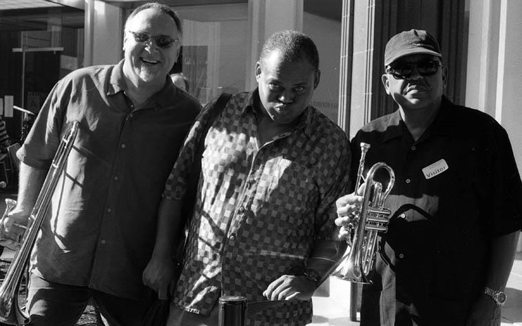 Michael Vlatkovich, William Roper, Bobby Bradford ---- August 23, 2002 ---- photo by Mark Weber