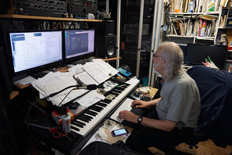 Pianist & engineer on NIGHT RIDERS Wayne Peet ---- June 18, 2o18 ---- photo by MW