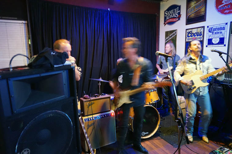This blues band kicks royal butt! The Memphis P-Tails, a local Albuquerque outfit for as long as I can remember ---- June 29, 2018 ---- photo by MW ---- I like to catch up with them every now & again and I'm always knocked out ---- See their FaceBook page