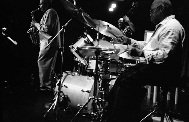 Trio X ---- November 5, 2009 Outpost ---- Oliver Lake, Reggie Workman, Andrew Cyrille ---- photo by MW