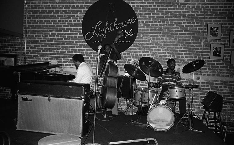 Jack Wilson Trio ---- Clarence Johnston(drums) & Allen Jackson(bass) ---- July 18, 1981 ---- photo by Mark Weber ---- Jack using his two-keyboard approach, many times playing both simultaneously, as you can hear on this albums