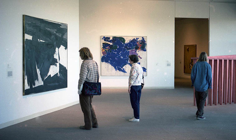 Hershhorn Museum ---- March 18, 1995 Washington DC photo by MW ---- That's obviously a Franz Kline and the other one is familiar but . . . . .
