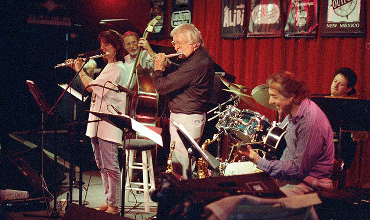 Lisa Polisar Trilogy which was normally a trio ---- this night expanded to sextet w/ Arlen and Lisa on flutes, Jack Manno(piano), Rick Fairbanks(bass)(David Parlato sat in, later, on bass), Michael Candito(drums), Michael Anthony(guitar) ---- May 5, 1997 old Outpost ---- photo by MW