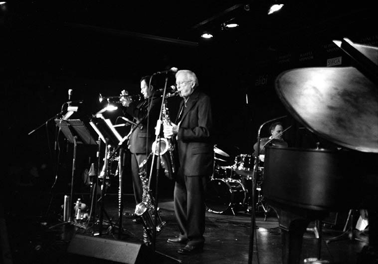 Paul Gonzales-Arlen Asher Quintet at the Outpost Performance Space ---- March 17, 2011 w/ Brian Bennett(piano), Paul(trumpet), John Trentacosta(drums), Michael Glynn(bass), Arlen(woodwinds all sizes) ---- photo by MW ---- Paul's 2nd-grade teacher was Arlen's wife Jo, so, he's known Arlen a long time!